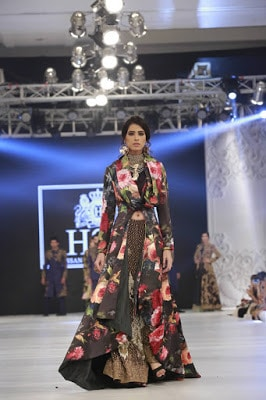 Hsy-kingdom-bridal-wear-dresses-collection-at-plbw-2016-11