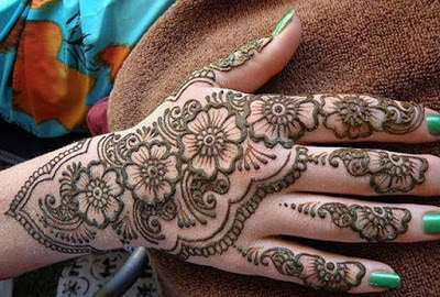 special-chand-raat-henna-designs-for-eid-2016-17-for-hands-1