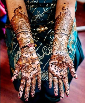 special-chand-raat-henna-designs-for-eid-2016-17-for-hands-2