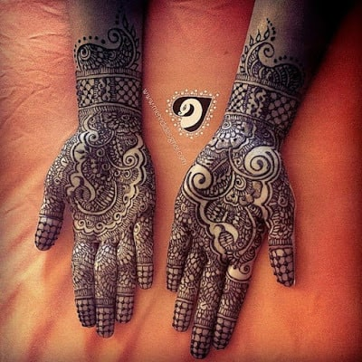 special-chand-raat-henna-designs-for-eid-2016-17-for-hands-6