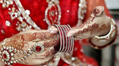 latest-special-bridal-mehndi-designs-collection-2016-17-full-hands-and-feet-2