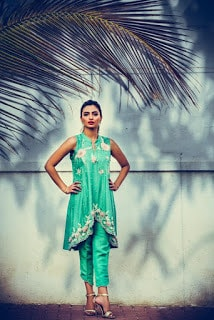 nadia farooqui ready to wear women fall winter dresses Collection 2018-19-8