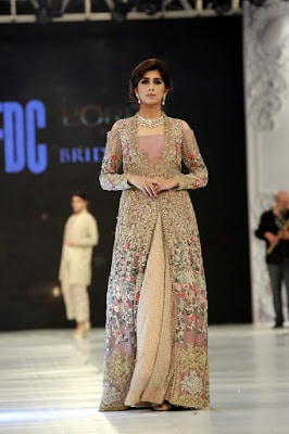 saira-shakira-designer-bridal-dresses-zohra-collection-at-pblw-2016-6