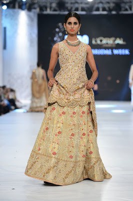 sania-maskatiya-bridal-dresses-collection-at-pfdc-l'oréal-paris-bridal-week-2016-12