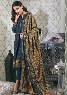 Alkaram-studio-winter-dreams-of-marrakech-resham-linen-collection-2016-17-15