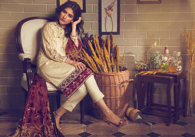 Alkaram-studio-winter-silk-velvet-dresses-collection-2016-17-10