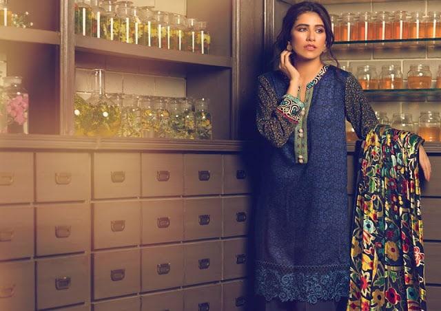 Alkaram-studio-winter-silk-velvet-dresses-collection-2016-17-12
