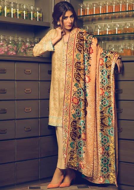 Alkaram-studio-winter-silk-velvet-dresses-collection-2016-17-16