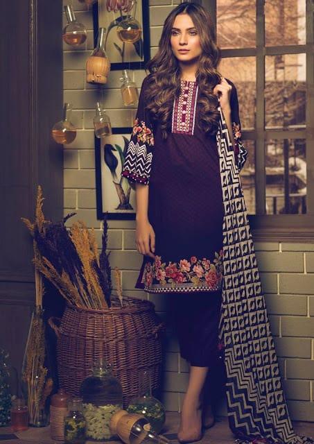 Alkaram-studio-winter-silk-velvet-dresses-collection-2016-17-3