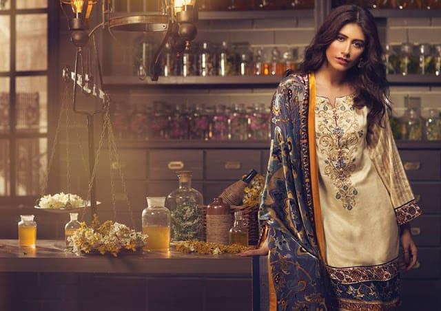 Alkaram-studio-winter-silk-velvet-dresses-collection-2016-17-9
