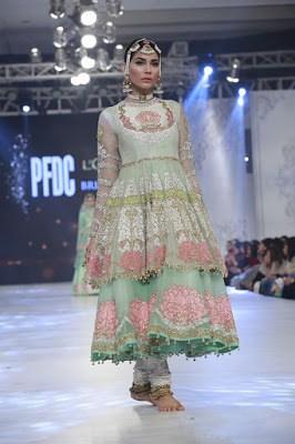 ali-xeeshan-bridal-wear-collection-at-pfdc-l-oreal-paris-bridal-week-2016-3