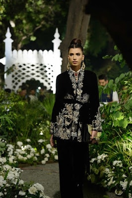 latest-pakistani-couture-bridal-dresses-collection-2016-by-elan-9