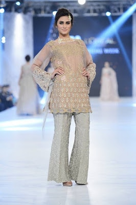 pfdc-loreal-paris-bridal-week-2016-saira-rizwan-lehenga-dresses-collection-4