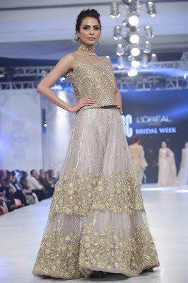 pfdc-loreal-paris-bridal-week-2016-saira-rizwan-lehenga-dresses-collection-9