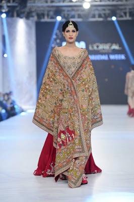 shamsha-hashwani-designer-bridal-lehenga-dresses-at-plbw-2016-13