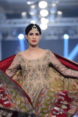 shamsha-hashwani-designer-bridal-lehenga-dresses-at-plbw-2016-3