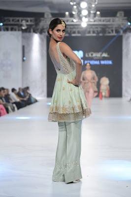 shamsha-hashwani-designer-bridal-lehenga-dresses-at-plbw-2016-4