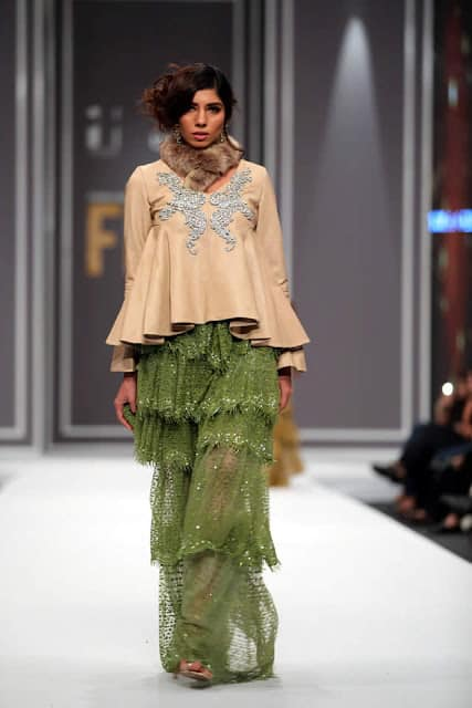 sobia-nazir-pakistani-bridal-dresses-2016-collection-at-fpw-2016-3