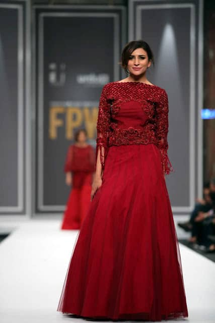 sobia-nazir-pakistani-bridal-dresses-2016-collection-at-fpw-2016-5