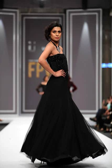 sobia-nazir-pakistani-bridal-dresses-2016-collection-at-fpw-2016-9