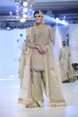 zara-shahjahan-designer-bridal-dress-collection-at-plbw-2016-14