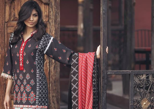 Alkaram-winter-pashmina-woolen-shawl-dresses-2016-17-collection-7