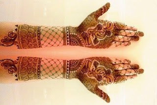latest-pattern-of-traditional-Indian-mehndi-designs-for-hands-for-girls-4