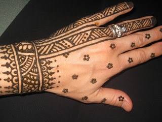 latest-pattern-of-traditional-african-mehndi-designs-for-hands-for-girls-2