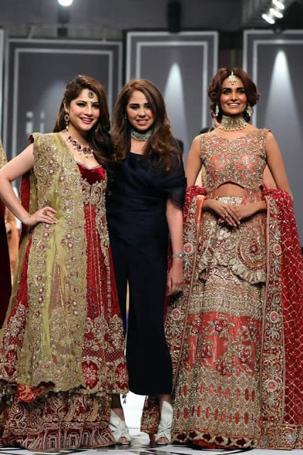 saira-rizwan-bridal-wear-dresses-designs-for-wedding-at-fpw-2016-2