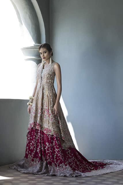 sania-maskatiya-'august-dream'-bridal-wear-dresses-2016-6