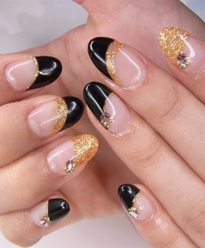 winter-special-nail-art-designs-collection-for-girls-10