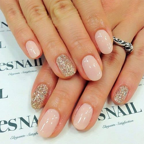 winter-special-nail-art-designs-collection-for-girls-4