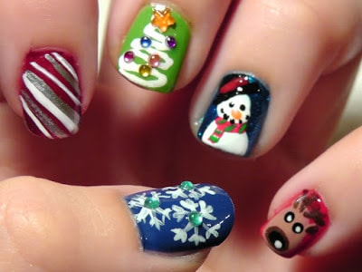 classy-and-stylish-christmas-nail-art-designs-for-girls-20