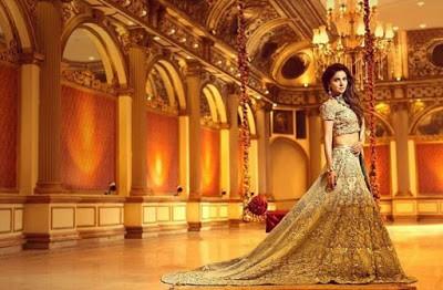 Erum-Khan-nawabzaadi-new-design-bridal-dresses-2017-collection-1