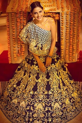Erum-Khan-nawabzaadi-new-design-bridal-dresses-2017-collection-5