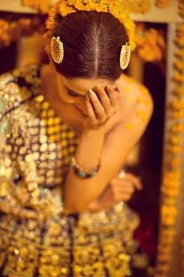 Erum-Khan-nawabzaadi-new-design-bridal-dresses-2017-collection-6
