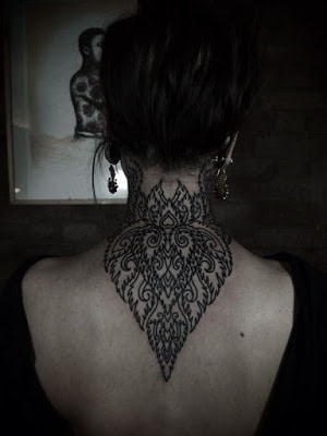Latest-Stylishly-Challenging-Back-Tattoos-Ideas-for-Women-15