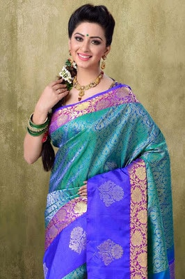 latest-ethnic-wear-for-women-in-india-2
