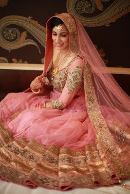 New-Stylish-Designer-Floor-Length-Anarkali-Wedding-Dresses-Collection-11