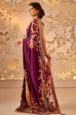 traditional-indian-wedding-sarees-lehenga-3