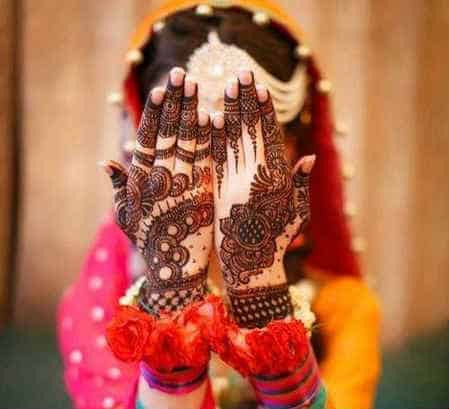 best-and-beautiful-bridal-mehndi-designs-for-full-hands-and-legs-12