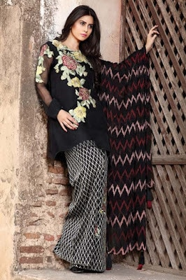 motifz-premium-dresses-embroidered-crinkle-chiffon-unstitch-collection-2017-6