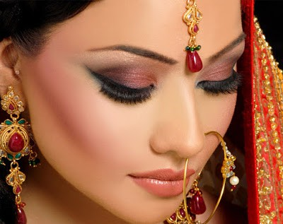 the-attraction-of-asian-bridal-makeup-for-modern-girls-1