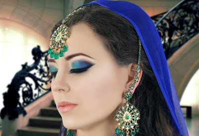 the-attraction-of-asian-bridal-makeup-for-modern-girls-7