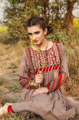 zahra-ahmad-afghan-tribal-winter-wear-dresses-pret-collection-2017-10