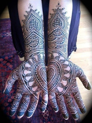 latest bridal mehndi Designs 2018 for hands for full hands (18)