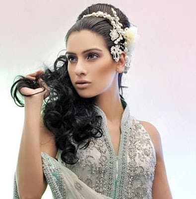 new-styles-pakistani-bridal-wedding-hairstyles-for-your-special-day-11