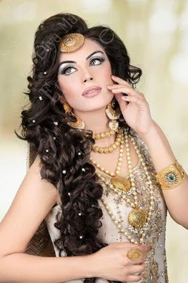 new-styles-pakistani-bridal-wedding-hairstyles-for-your-special-day-7