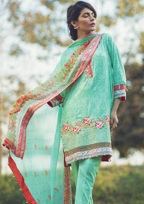 Alkaram-summer-embroidered-lawn-prints-dresses-2017-collection-8