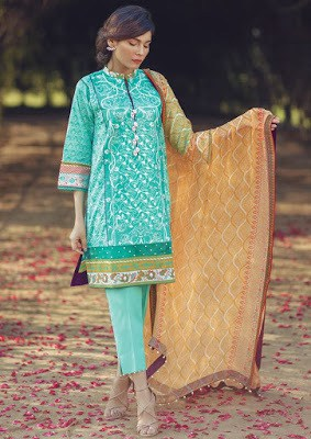 Alkaram-summer-embroidered-lawn-prints-dresses-2017-collection-9
